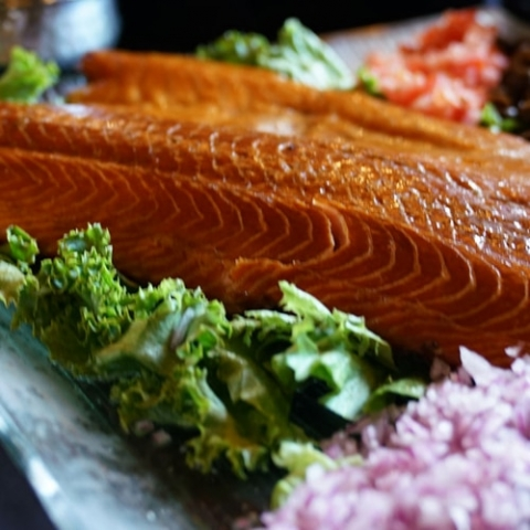 donatellis-catering-fish-salmon-square