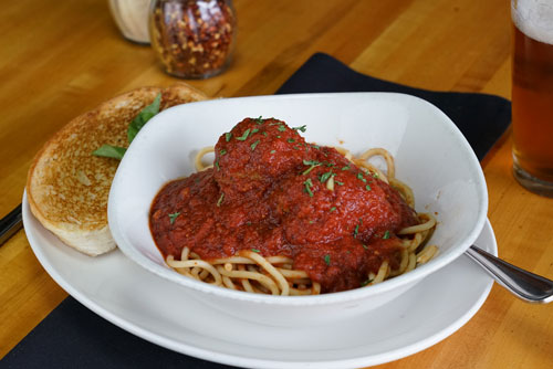 donatellis-lunch-specials-spaghetti